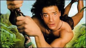 L'acteur Brendan Fraser incarne ce personnage exotique, fortement inspiré de Tarzan, maladroit et gaffeur. Comment s'intitule ce film, sorti en 1997, adaptation du dessin animé éponyme créé à la fin des années 60 ?