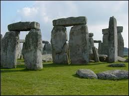Au sud au Royaume-Uni, nous pouvons voir ces monuments en pierre.