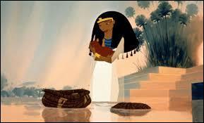 Le héros est Moïse, quel pharaon règne lors de sa naissance ?