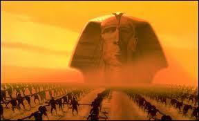 Moïse revient, et se heurte à son propre frère. Il arrivera alors de nombreux malheurs aux Égyptiens, l'un d'eux conduira même à la mort :