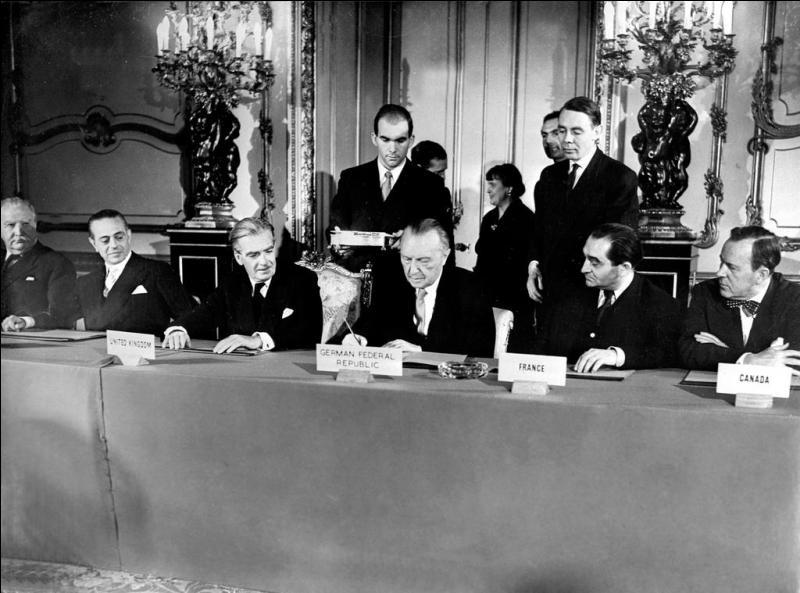 Lors de sa création en 1957, combien de membres la CEE (Communauté Économique Européenne) comptait-elle ?