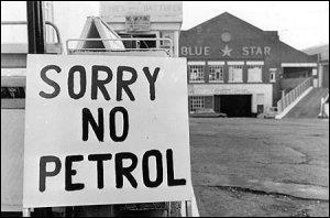 Quelle est l'une des causes du choc pétrolier de 1973 ?