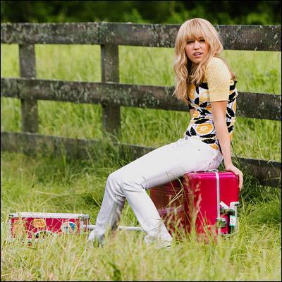 Combien de frères et soeurs à Miley Stewart?