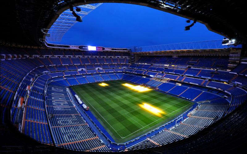 Stade du Real Madrid. Quel est mon nom ?