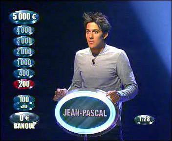 """Dans quel jeu les candidats peuvent-ils déclarer le mot """"Banque ! """" pour accumuler de l'argent ?"""
