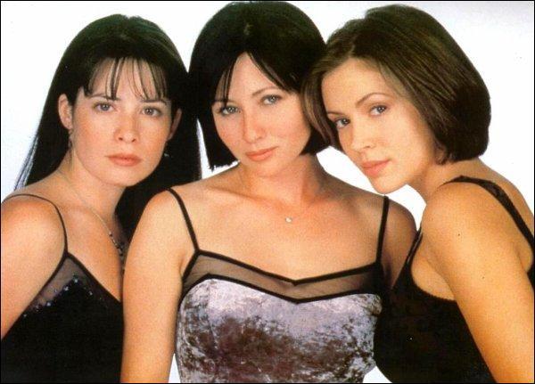 Comment s'appellent les trois actrices principales dans les saisons 1 à 3 ?