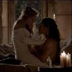 Comment s'appelait le premier amour de Rebekah, apparut vers 1112 après J.C ?