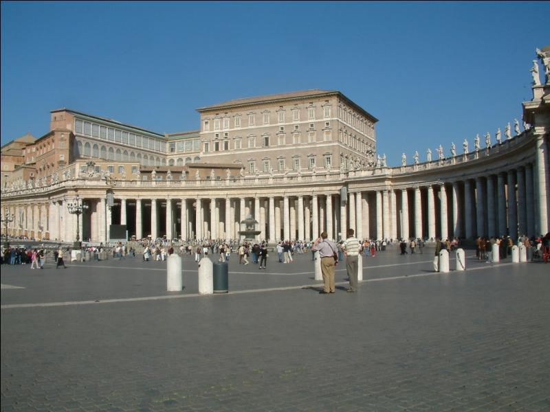 1er janvier 1622 : dans tous les pays catholiques, le Jour de l'An est de nouveau fixé au 1er janvier. Qui a pris cette décision ?