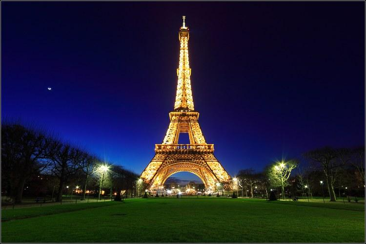 1er janvier 1777 : le premier quotidien paraît en France. Quel est son nom ?