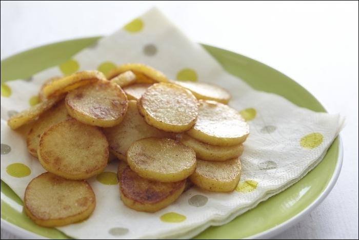 Les pommes Mireille sont une variété de pommes sautées à cru. Que faut-il y ajouter pour justifier cette appellation ?
