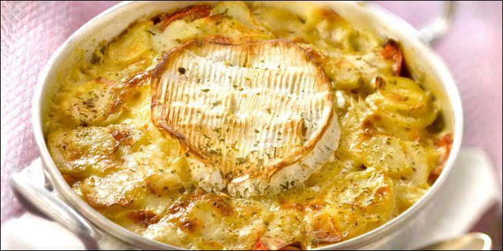Que met-on dans le gratin de pommes de terre façon normande ?