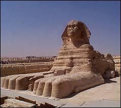 La devinette du Sphinx - Qui a 4 pattes le matin, 2 le midi et 3 le soir ?