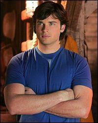 """Dans la série """"Smallville"""", il porte plusieurs noms, c'est..."""