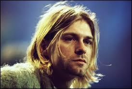 De quel instrument jouait Kurt Cobain ?