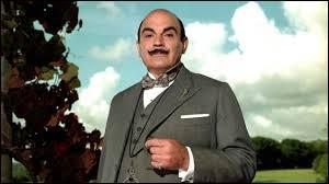 Hercule Poirot est un personnage de fiction créé par l'écrivain Georges Simenon.