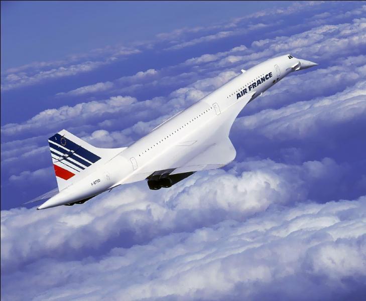 Quelle était la destination d'un des premiers vols commerciaux du Concorde, le 21 janvier au départ de Paris ?