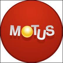 """Qui présente l'émission """"Motus"""" sur France 2 ?"""