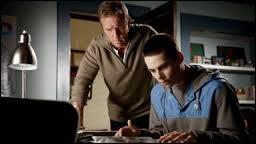 Qu'a fait Stiles pour aider son père à comprendre la vérité au sujet des loups-garous ?