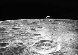 Quelles sont les températures minimale et maximale à la surface de la Lune ?