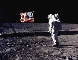 Sur la Lune !