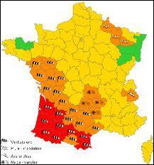 Combien de couleurs y a-t-il sur la carte de vigilance météorologique pour indiquer les différents niveaux de vigilance ?