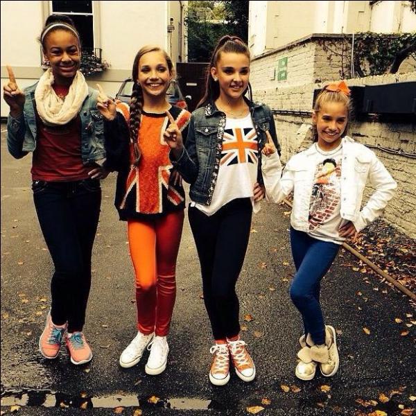 Laquelle de ces filles a créé un vidéoclip dans lequel elle chantait ?