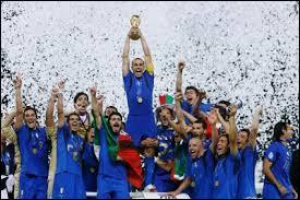 Quel pays a failli remporter la Coupe du monde 2006, battu par l'Italie ?