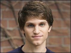 Quel est le métier de Toby ?