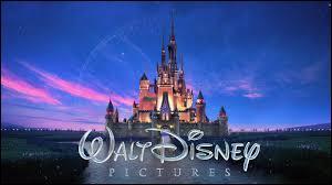 Quel personnage est l'emblème de Disney ?