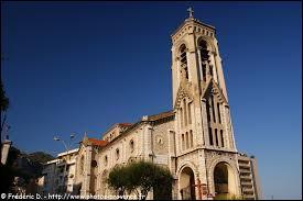 Limitrophe de la Principauté de Monaco, la ville de Beausoleil se situe en région ...