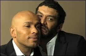 Le duo Eric et Ramzy a notamment connu la popularité grâce à une série télé diffusée à partir de la fin des années 90. Quel est le titre de cette série ?