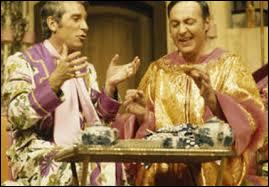 """Dans """"La Cage aux folles"""", mythique pièce de théâtre, Michel Serrault formait un duo hilarant avec son complice et partenaire de l'époque, ce dernier étant :"""