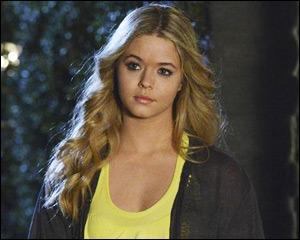 Comment s'appelle la fille qui pourrait être la jumelle d'Alison ?