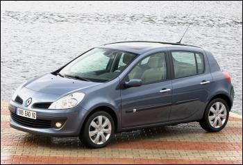 Cette voiture a été élue voiture de l'année 2006, mais quelle est cette voiture ?