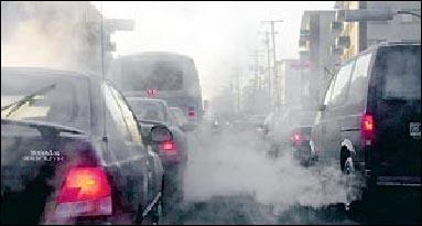 Etape 3 : le véhicule. Vrai ou faux : couper le moteur lors d'un arrêt prolongé augmente les rejets de gaz polluants.