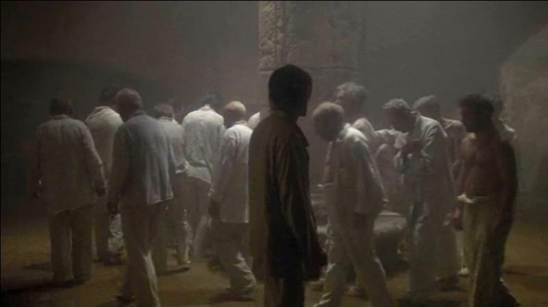 Quel est le titre de ce film culte, où Alan Parker relate l'histoire d'un jeune américain emprisonné en Turquie, suite à la possession de quelques sachets de haschich ?