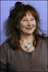 Yolande Moreau est une comédienne et réalisatrice française.