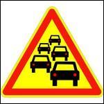 Toutes ces voitures sont dessinées sur un panneau à fond jaune. Que veut dire ce panneau ?