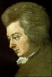 Quel est le prénom de la troisième fille de madame Webe, qui devient la femme de Wolfgang Amadeus ?