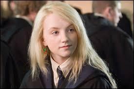 Dans le film, Neville aime Luna. Mais les livres ?