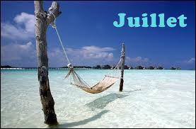 """Juillet est synonyme de vacances ! Comment dit-on """"juillet"""" en anglais ?"""