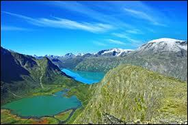 Voici le parc national de Jotunheimen. Il se situe :