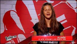 """Alisée, 13 ans, est arrivée en interprétant un titre de Jenifer, """"Les Jours électriques"""". Que s'est-il passé pour elle ?"""