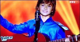 Personne ne s'est retourné pour Esteban, 13 ans. Quelle chanson avait-il interprété ?