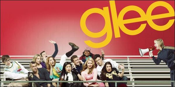 Qui sont les 5 premiers membres à auditionner pour intégrer le Glee Club ?