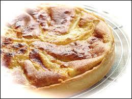 Quelle est cette tarte qui demande des pommes d'excellente qualité et un soupçon de calvados ?