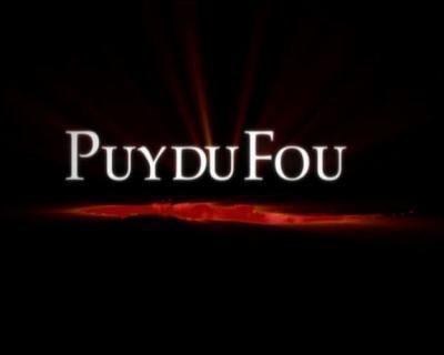 """Sur quoi est basé le """"Parc du Puy du Fou"""" ?"""
