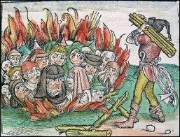 A mesure que la peste noire gagne l'Europe, la cruauté des hommes rivalise avec l'horreur du fléau. Les populations très pieuses voient dans la peste noire la manifestation de la colère de Dieu et cherchent des boucs émissaires. Qui sont les premières cibles, accusés d'empoisonner les puits ?