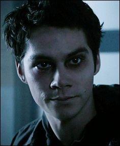 Par qui est possédé Stiles à la fin de la troisième saison ?