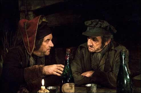 Dans la version des Misérables de Robert Hossein, Lino Ventura tient le rôle de Jean Valjean, mais lequel de ces Paul, incarne Fauchelevent ?